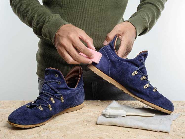 Ручная чистка обуви
