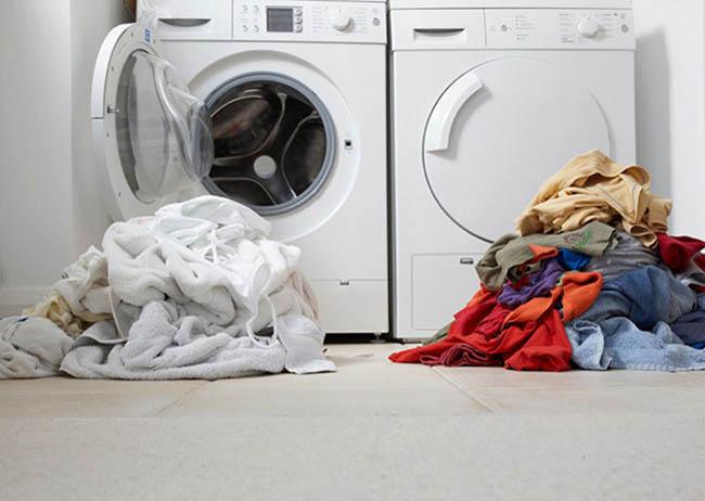 Как стирать вещи из батиста: в стиральной машине и в ручную