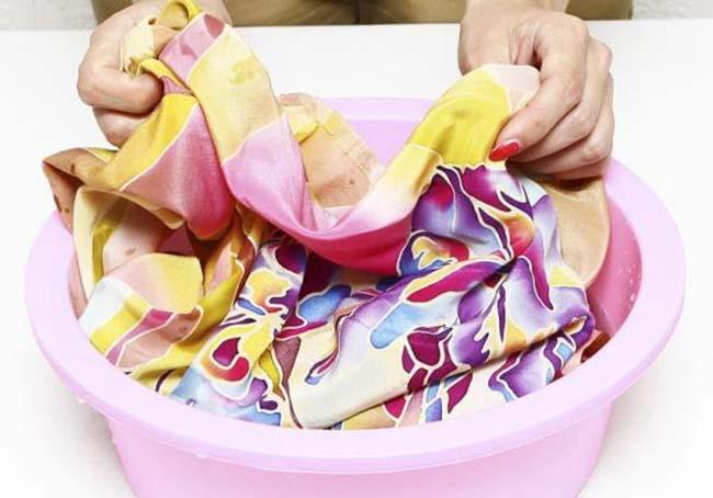 Ручная стирка нейлоновой одежды