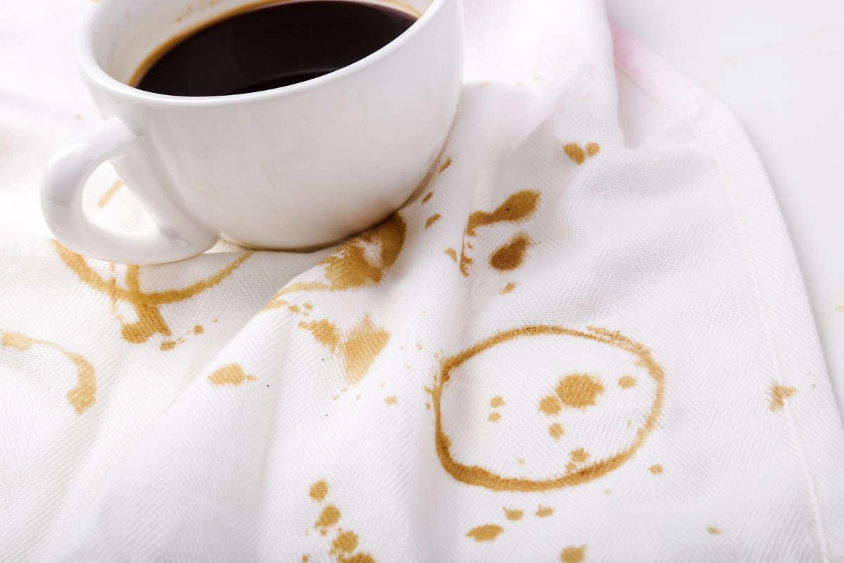 Пятна на скатерти от кофе